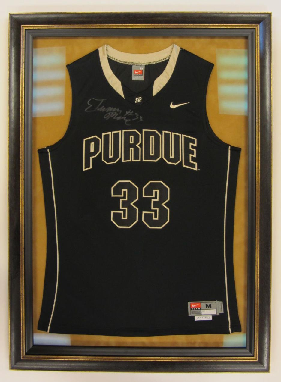 Sports jersey hang with big picture framing theres jeuxipadfo Gallery