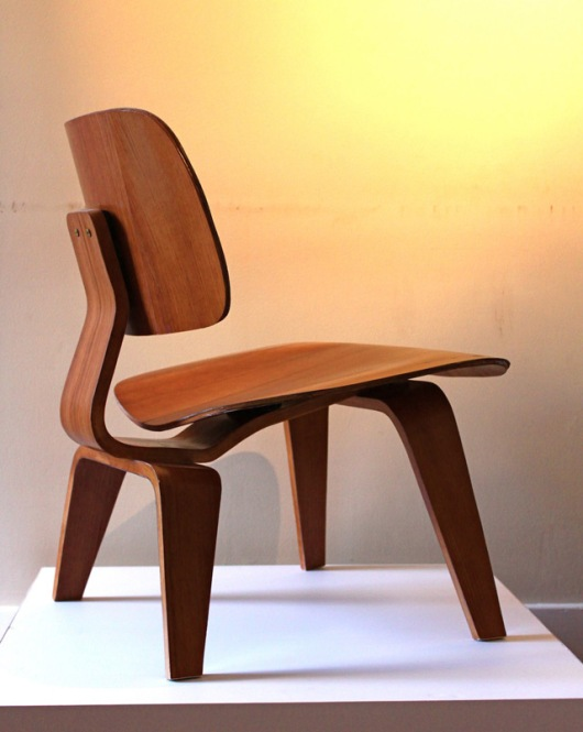paper-eames-chair